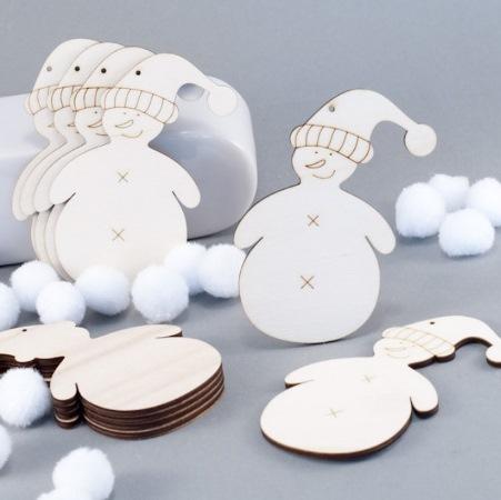příklad gravírování: sněhulák s úsměvem pod čepicí